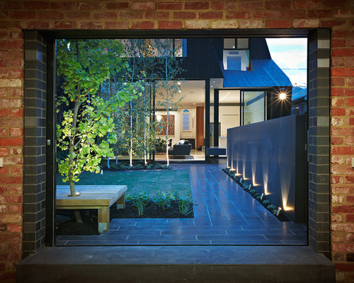 Modern courtyard ideas pictures remodel and decor for Courtyard designs melbourne