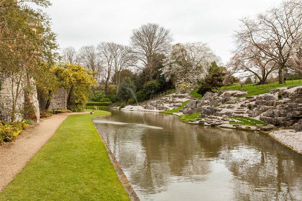 Victorian Garden by Chris Snook