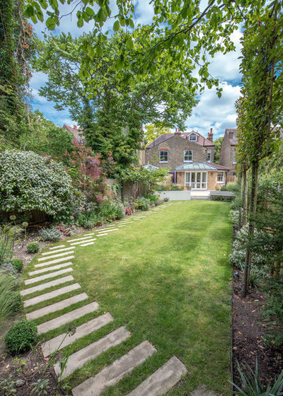 Классический Сад by Kate Eyre Garden Design