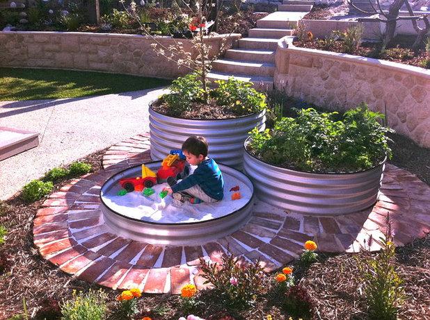 Eklektisk Trädgård by sustainable garden design perth