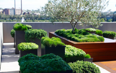 Garden And Landscaping Garden walls strength and style define concrete garden walls gardening and landscaping see how to turn a small outdoor room into a peaceful retreat workwithnaturefo