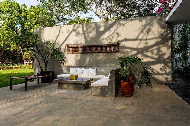 Eclectic Garden by Shabnam Gupta