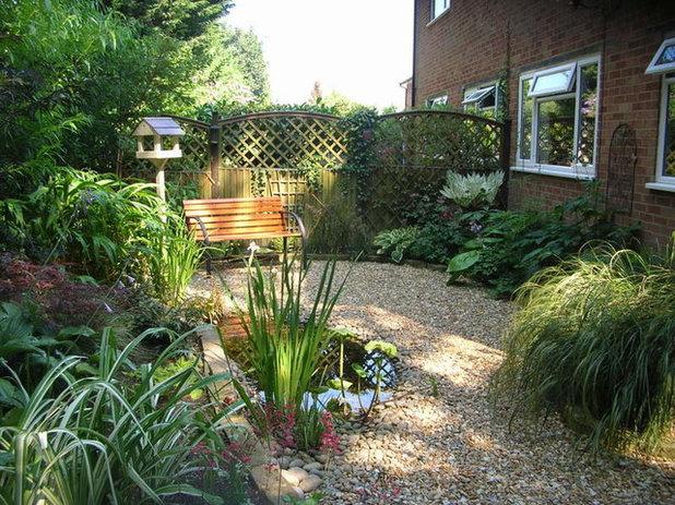 American Traditional Garden by Rebecca Webb Garden Designs