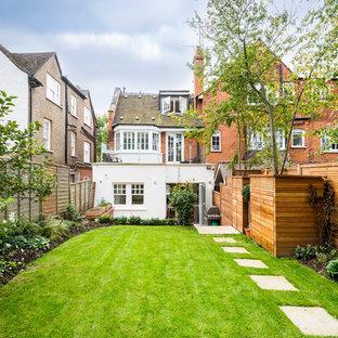 Inspiration for a contemporary garden in London.