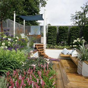 Exemple d'un jardin surélevé tendance.