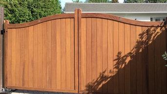 Hardwood Driveway Gate - The Berkshire