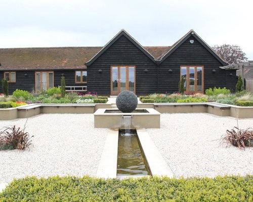 Hitchin Barn Garden Design