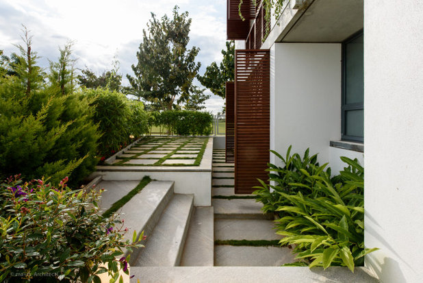 Contemporary Garden by ma+rs