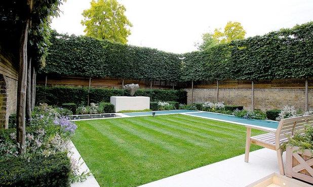 Traditional Garden by Stefano Marinaz Landscape Architecture