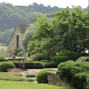 Holmfirth Garden