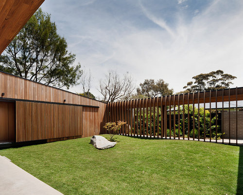Sliding timber privacy screen home design ideas pictures for Sliding timber screens