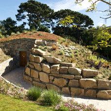 Farmhouse Landscape by CCD Architects