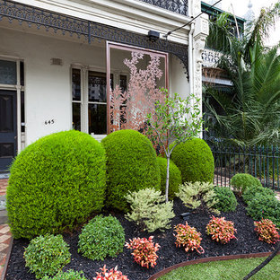 75 Beautiful Small Front Yard Landscaping Pictures & Ideas ...