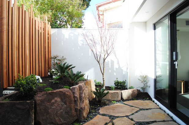Contemporary Garden by Chilton Architects