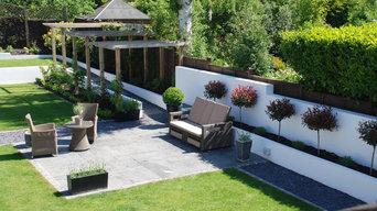 Large contemporary garden
