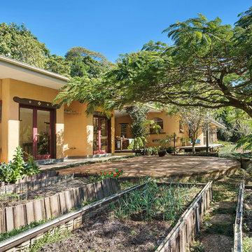 Left Bank Road, Mullumbimby residence