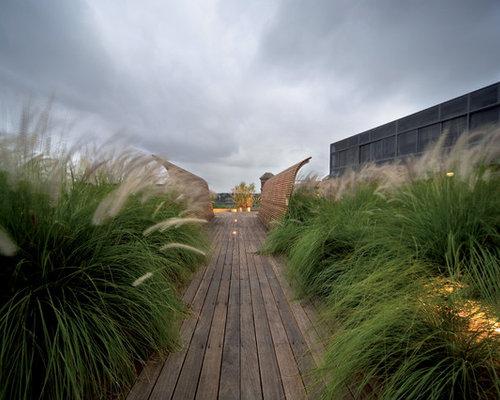 Best Beach Themed Garden Design Ideas & Remodel Pictures ... on Backyard Beach Landscape Design id=39780