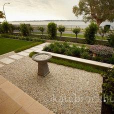 Contemporary Landscape by eScape Landscape Architecture
