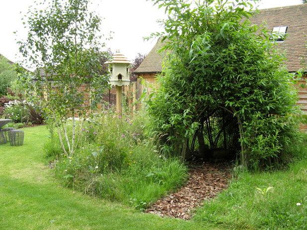 カントリー 庭 by Amanda Broughton Garden Design