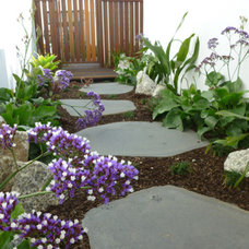 Beach Style Landscape by Phillip Withers Landscape Design