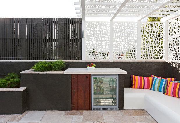 Contemporary Garden by GHLD