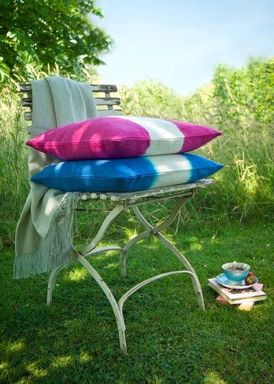 diy ideen alte stoffe neu einf rben so geht 39 s. Black Bedroom Furniture Sets. Home Design Ideas