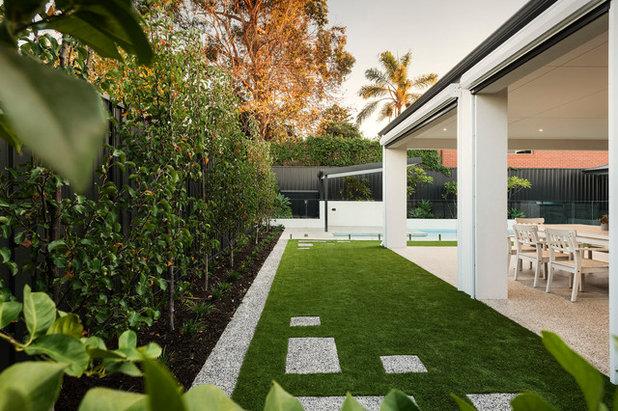 Contemporary Garden by Instant Gardens