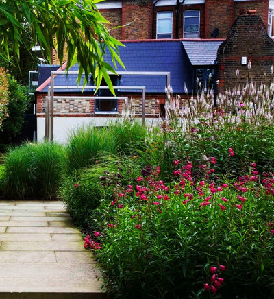 Take your garden on a rural route with plant dominant designs for Rural landscape design