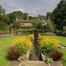 Traditional Landscape by Melissa Morton Garden Design