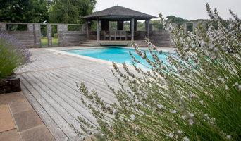 Poolside Olives