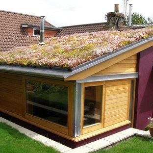 Esempio di un piccolo giardino formale country esposto in pieno sole sul tetto in estate con pacciame
