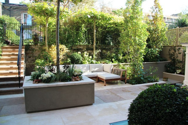 Contemporary Garden by Natural Stone Projects