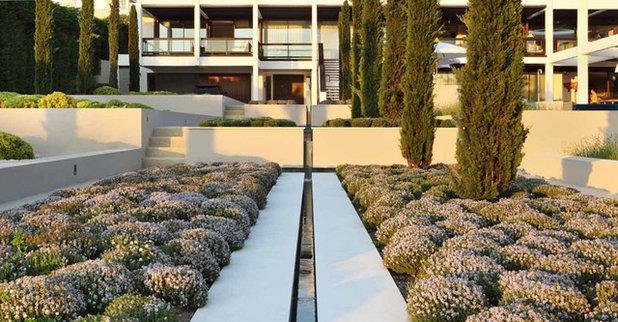 Contemporain Jardin by Ely Architects Ltd