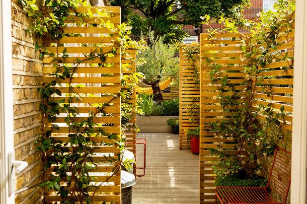 Mediterranean Garden by Adolfo  Harrison Gardens