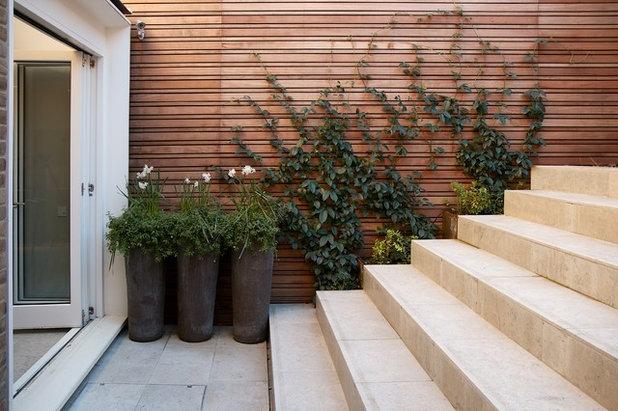 Contemporary Garden by Stefano Marinaz Landscape Architecture