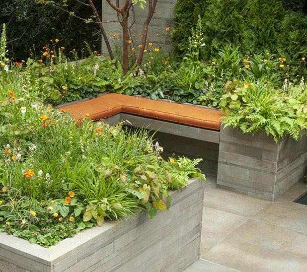 Mediterranean Garden by Ruth Willmott Associates