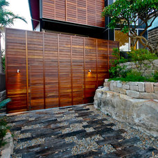 Contemporary Landscape by Mackenzie Pronk Architects