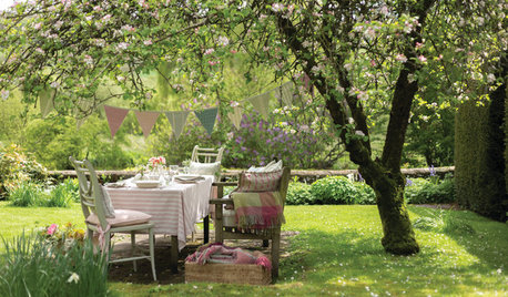 17 Country Gardens That Epitomise Dreamy Outdoor Living