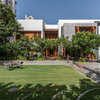 Surat Houzz: An Airy House is Connected to Water, Greenery & Sunlight