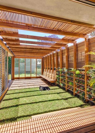 Модернизм Сад by CplusC Architectural Workshop