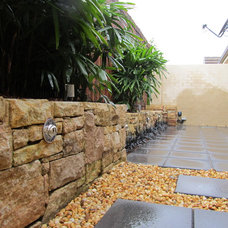 Contemporary Landscape small courtyard oasis