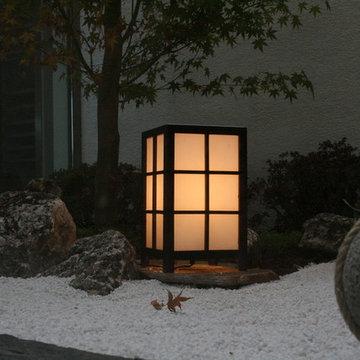 Small interior Zen garden