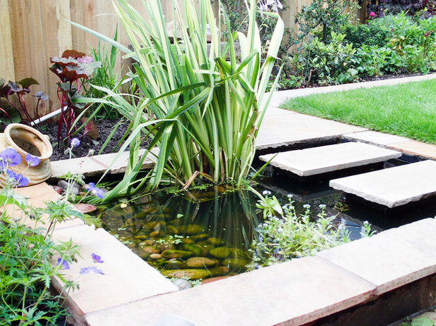 Modern Garden by Brett Hardy Landscapes Ltd