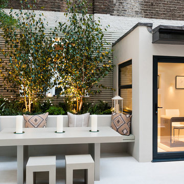 Small West London Courtyard