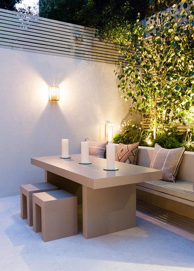 コンテンポラリー 庭 by Karen Rogers at KR Garden Design