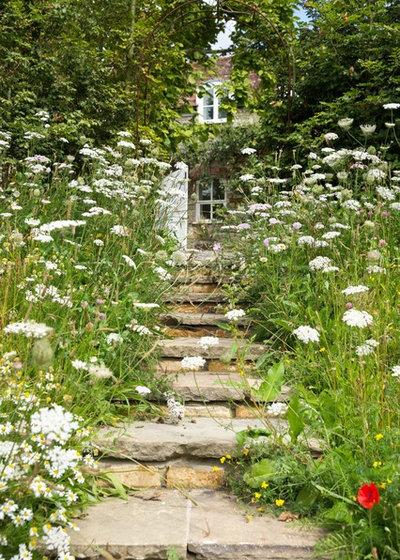 Country Garden by Jonathan Snow Design