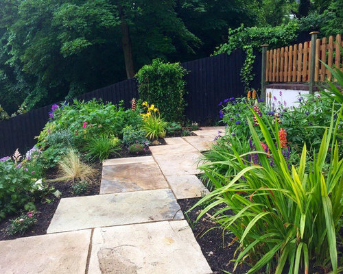 Small split level garden home design ideas renovations for Split level garden designs