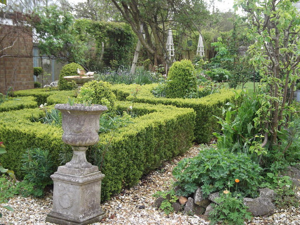 Victorian Garden Topiary deliciousness