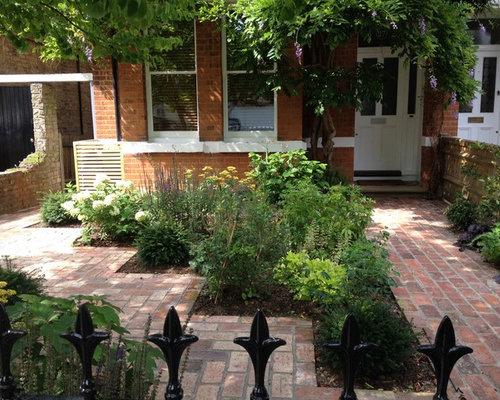 Houzz | Front Yard Landscape Design Ideas & Remodel Pictures
