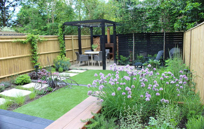 Сад недели: Маленький участок с беседкой и камином